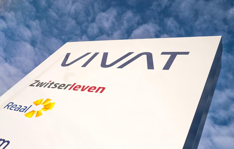 vivat-signing-motif
